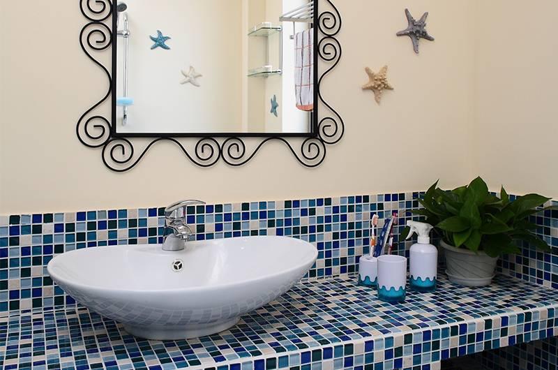 地中海风格样板房卫生间装修效果图